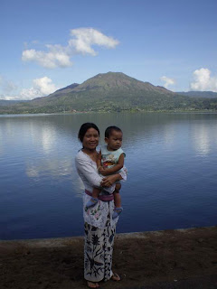 Ibuk dan Surya