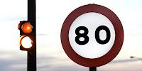 Prohibido a más de 80