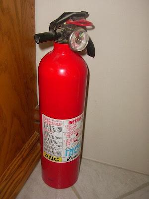 Safe Kitchens Blog Kitchen Safety Kitchen Hazards Kitchen Fire Extinguisher Safety Fire
