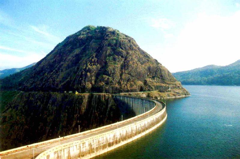 [Idukki+Arch+Dam+-+India]