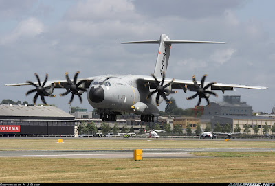 El A400M en el Farnborough Air show 2010.