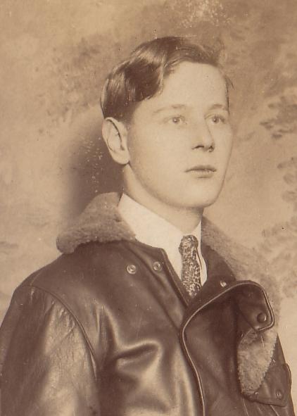Eddie August Schneider (1911-1940)