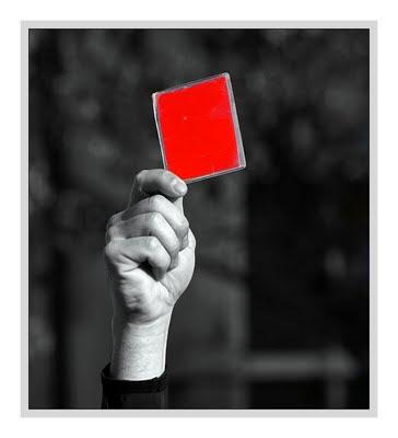d307e37f7 Dei cartão vermelho pra minha antiga forma de viver! Ei! Pára esse
