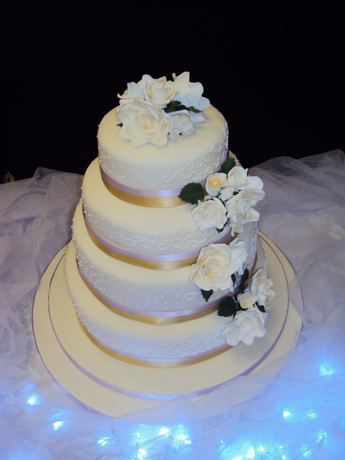 jamaican wedding cake frosting mimi to you sweet and stylish cakes gold lilac and 16570