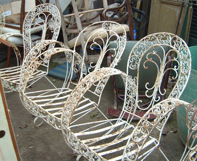 Swirly Curly Garden Furniture - Absolutely Beautiful Things: Swirly Curly Garden Furniture