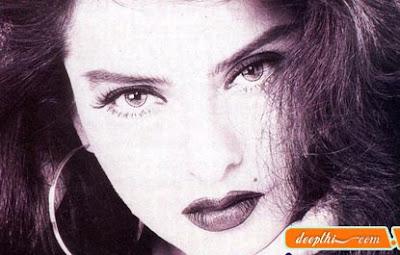 Bollywood Actress - Rekha Ganesan