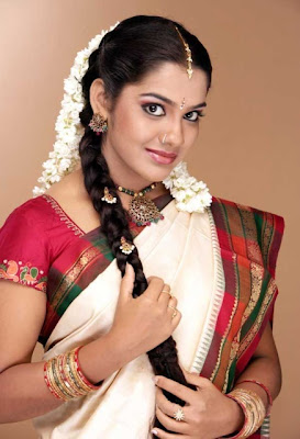 South Indian Actress: Sandhya