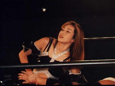 sexy Japanese wrestler Chikako Shiratori