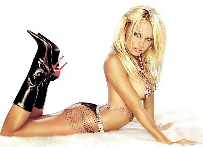 Pamela-Anderson_bikini.jpg