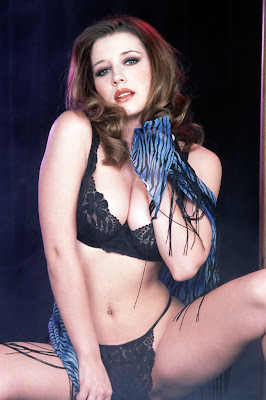 Bikini Girls: Erica Campbell
