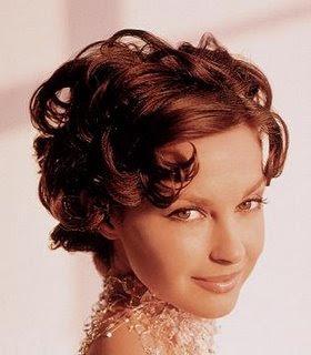 Celebrity hairstyles Ashley Judd 2