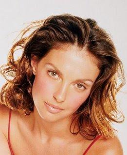 Celebrity   hairstyles Ashley Judd 3