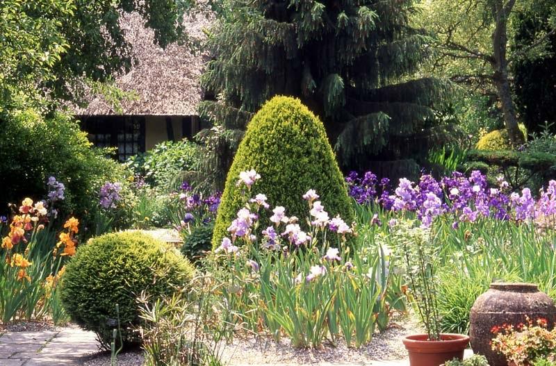 Le clos du coudray journ es iris e - Jardin du clos des blancs manteaux ...