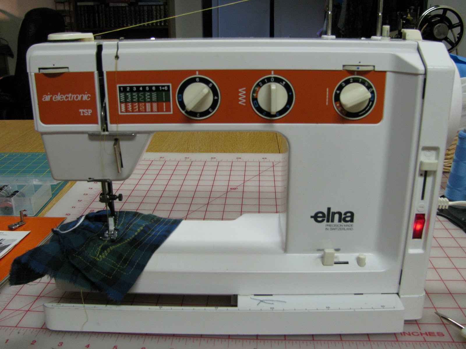 1976 Elna Air Electronic TSP