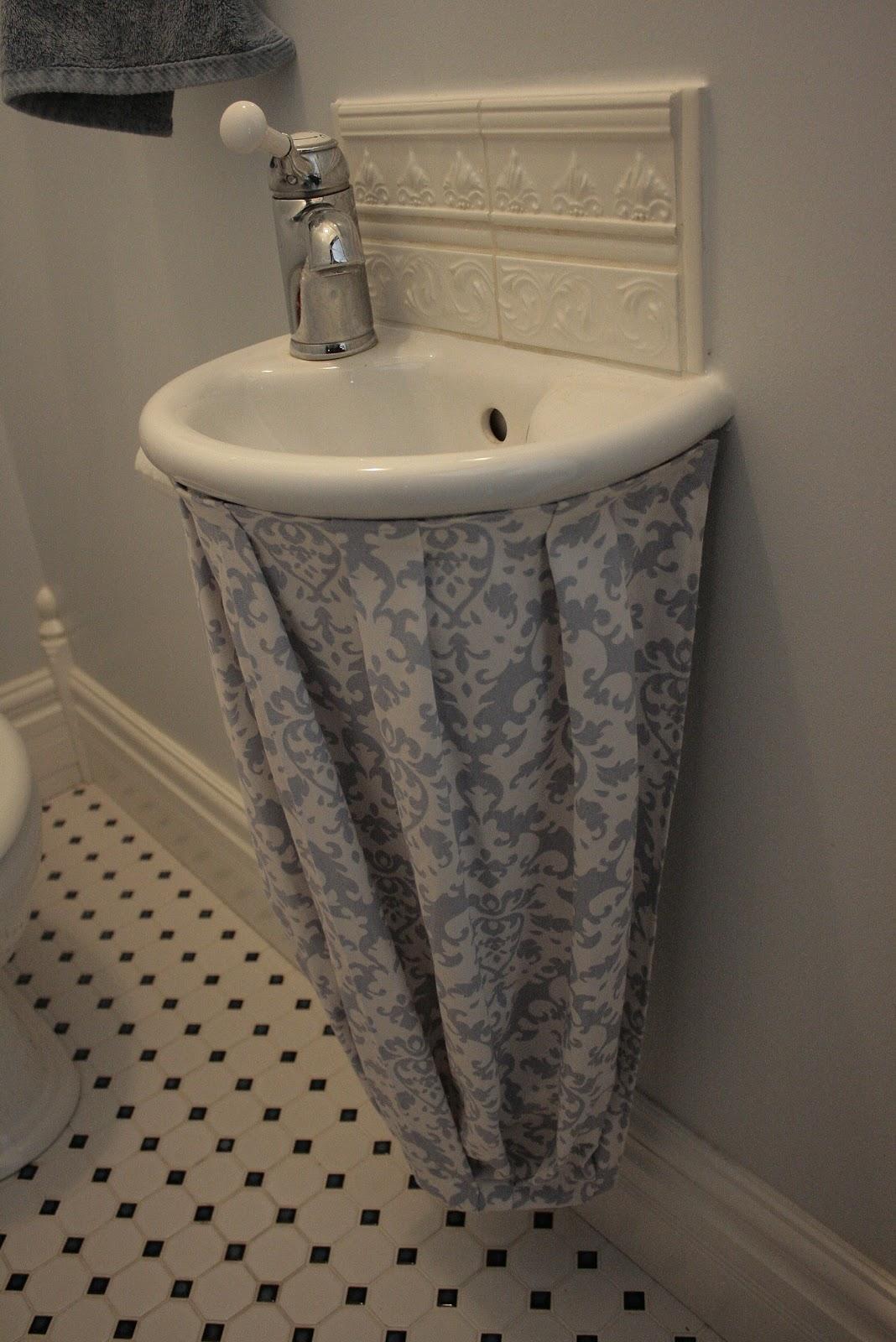 Tutorial: Sink Skirt | Craft Buds