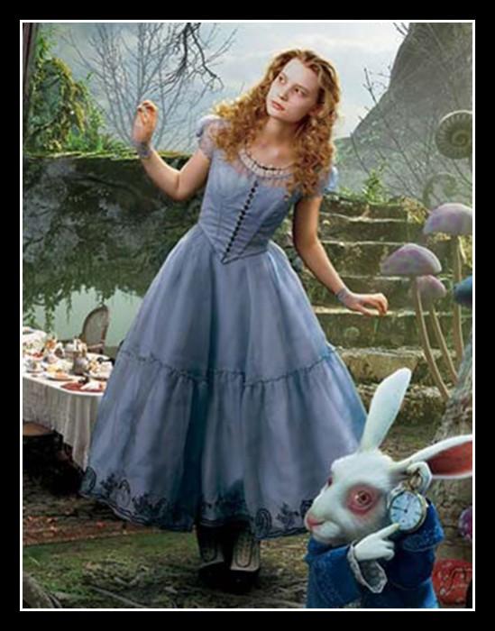 Tim Burton'S Alice In Wonderland Pictures 8