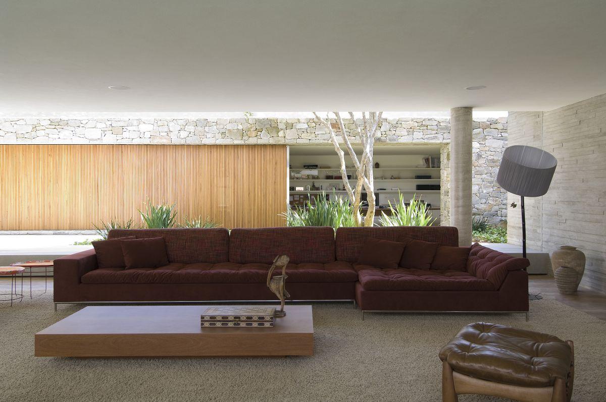 Amassing Design House 6 Marcio Kogan