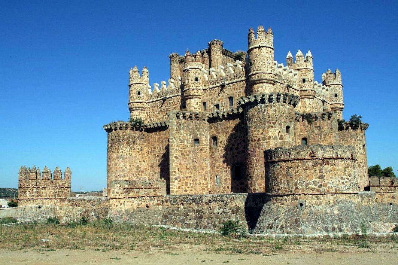 Castles In Europe Guadamur