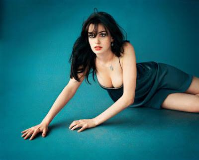 anne hathaway mark hom - Anne Hathaway