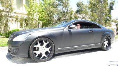 mega tuning car hummer h2 and mercedesthree 6 mafia. Black Bedroom Furniture Sets. Home Design Ideas