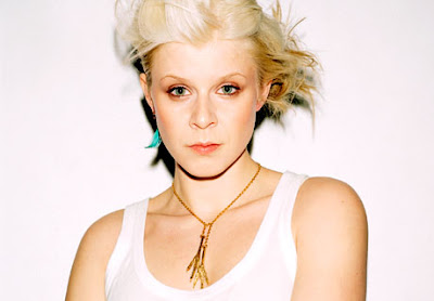 click robyn ROBYN: Cobrastyle (Video Premiere)