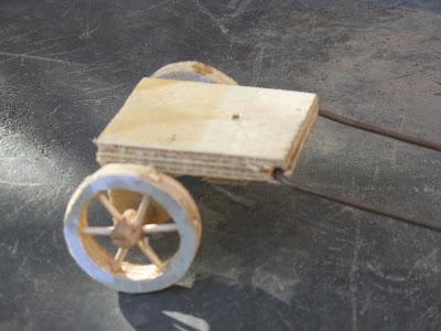 Provence cr ches plans roulotte de gitans - Comment construire une creche de noel en bois ...