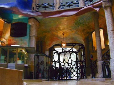 Emma Alvarez Blog Antonio Gaudi The Awesome Architect