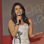 Priyanka Chopra Hot leg show
