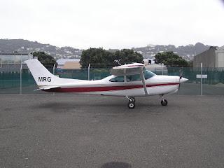 Cessna R182