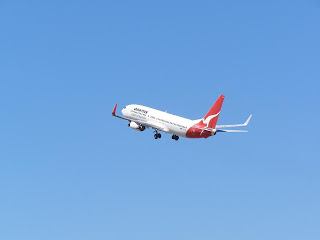 Boeing B737-838, VH-VXD, Qantas Airways Ltd