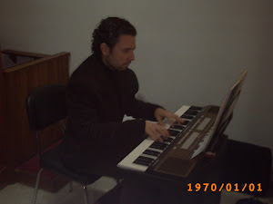 Al teclado, nuestro amigo David