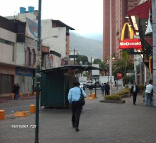 Calle El Recreo hacia la Solano