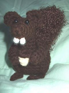 Crochet Squirrel ~ free pattern ᛡ | Amigurumi | Pinterest