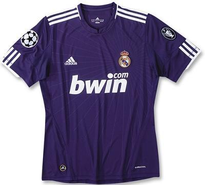 Camiseta segunda equipación Real Madrid 2010 2011  7d259b285c57b