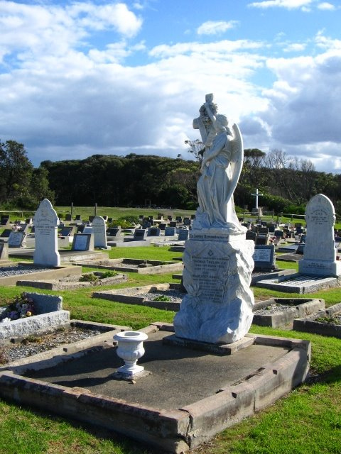 [gravestone.JPG]