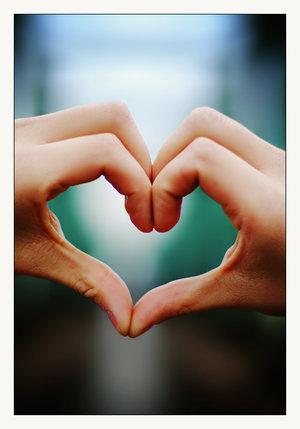 Sparkling Diamond ♚: Love Sign
