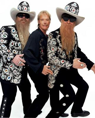 Les Texans de ZZ Top seront sur scène demain soir. Avec leur belle barbe qu'ils refusèrent de raser en 1984 pour un million de dollars pour une publicité pour Gillette®.