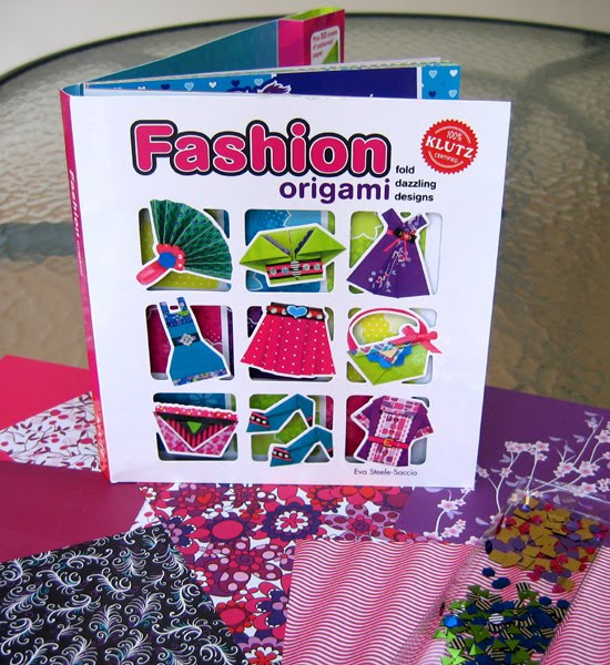 Klutz Kit for Kids Fashion Origami with origami papers and sequins