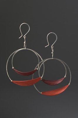 Contemporary Paper Jewelry by Tia Kramer