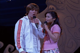 High School Musical - Troy y Gabriela Los protagonistas de High school Musical la Pelicula