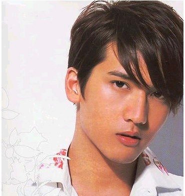 traditional chinese hairstyles. Teen men hairstyle; young mens hairstyle.