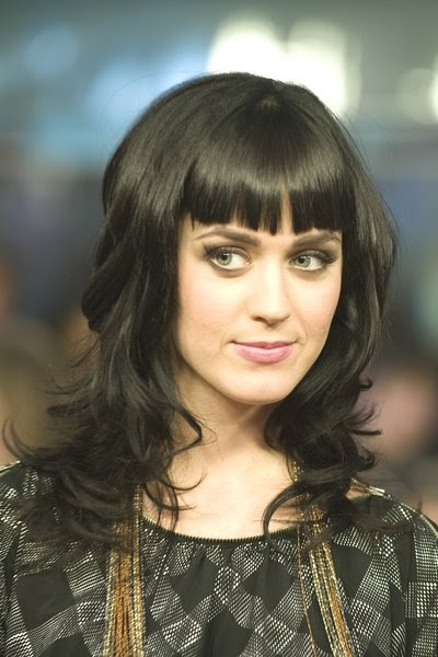 Katy Perry Style: Katy Perry with Straight Bangs and Long ...
