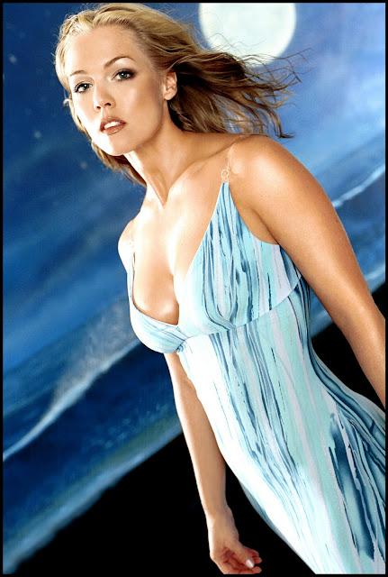 Jennie Garth Hot and sexy Pics