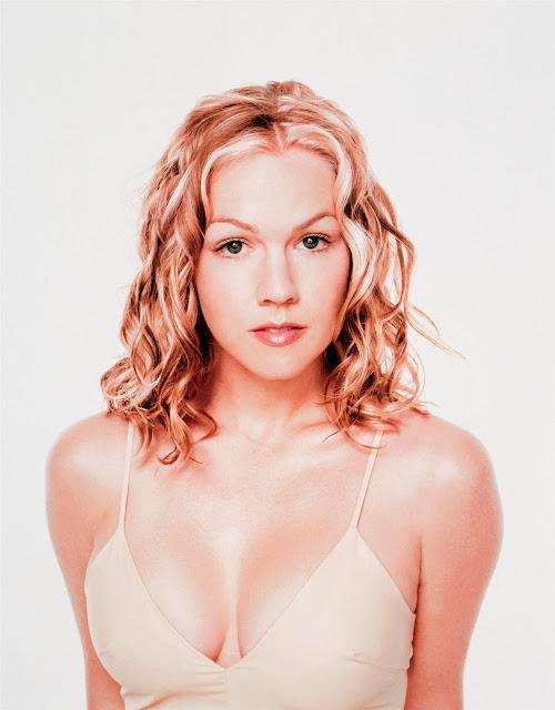 Jennie Garth Sexy Big Boobs Photos