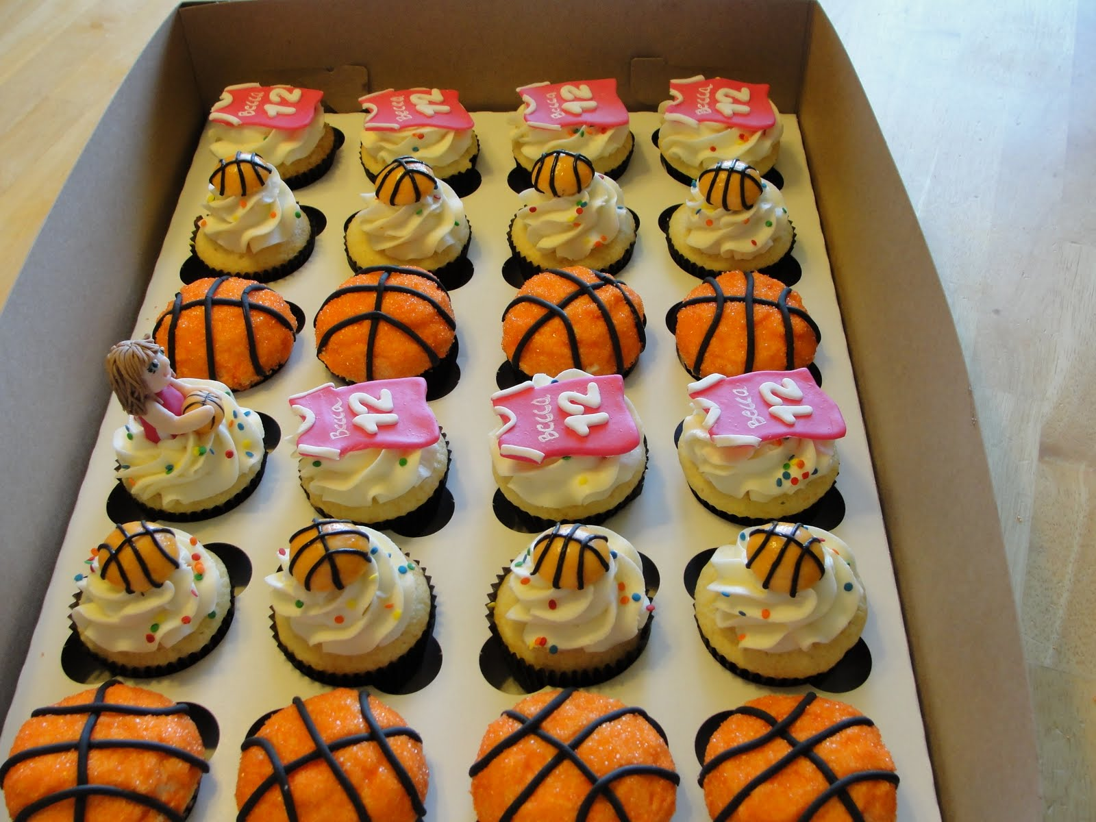 Oh Just Put A Cupcake In It Basketball Cupcakes And