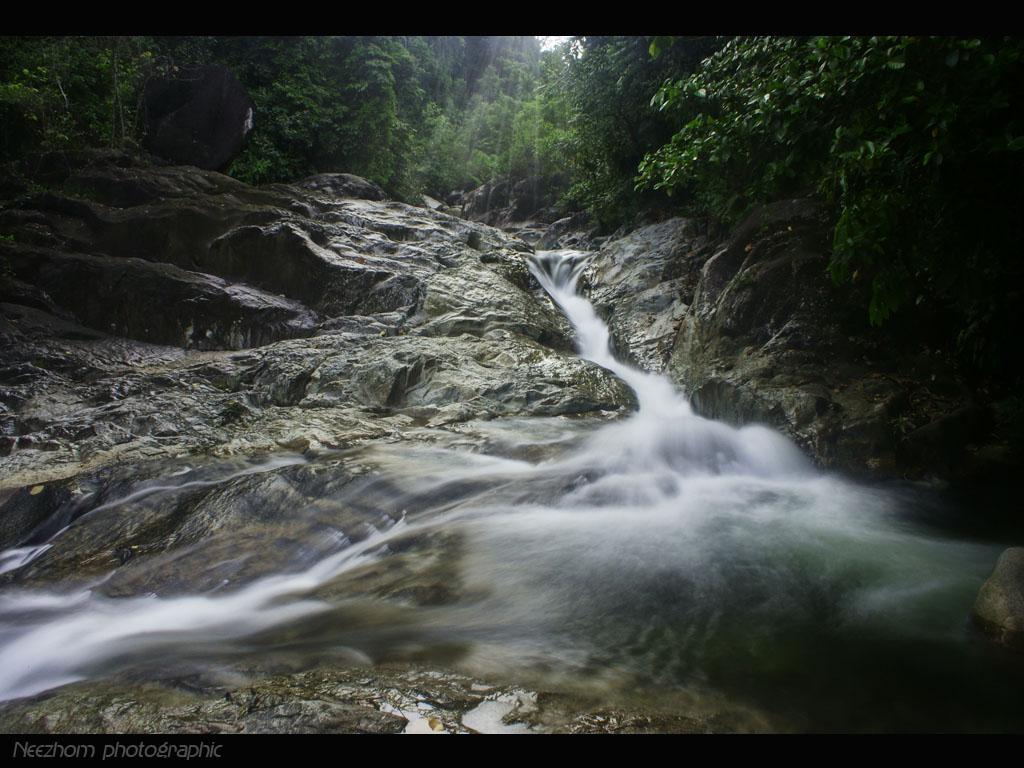 Gambar Air terjun Sekayu Hulu Terengganu  Neezhom