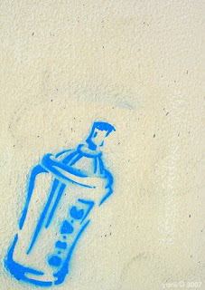 blue spray can