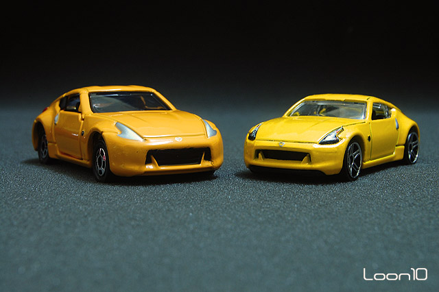 Red Dot Die Cast Collection Hotwheels Vs Tomica Nissan Fairlady 370z