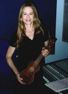holly hunter ukulele