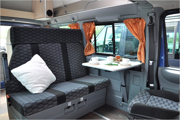 ford transit nugget edition 25 excellent piece of gold. Black Bedroom Furniture Sets. Home Design Ideas